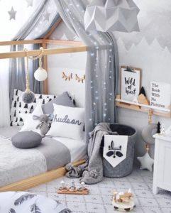 L'espace sommeil d'une chambre montessori